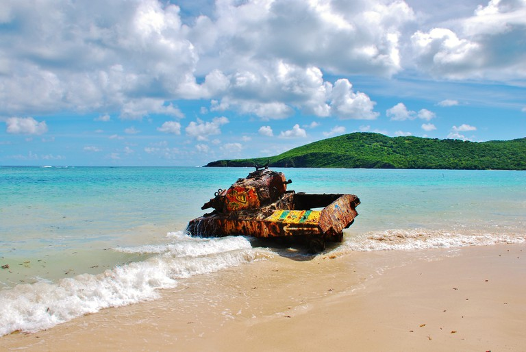 A military tank on Flamenco Beach