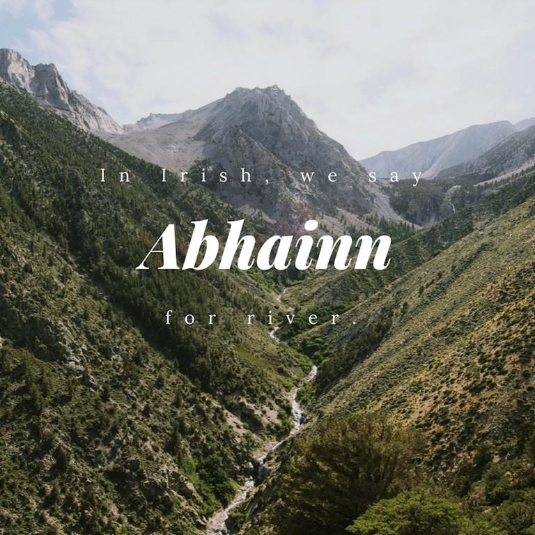 Abhainn - River