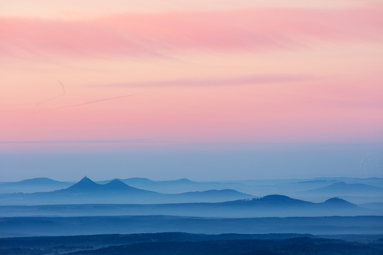 Misty horizons