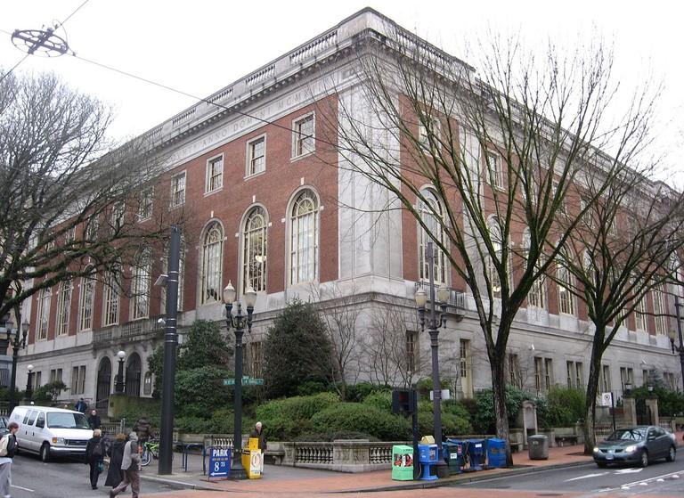 Central Library – Portland, Oregon | © Padraic Ryan/Wikimedia