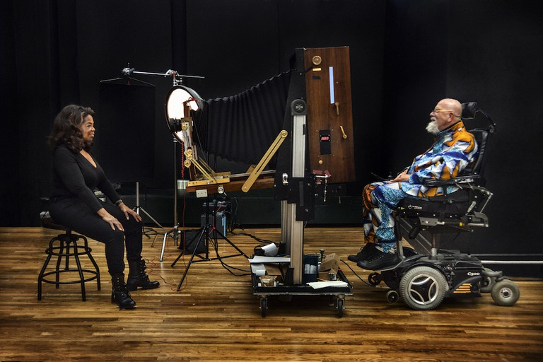 Chuck Close Shooting Oprah Winfrey | © Myrna Suarez