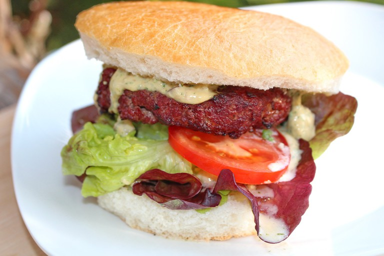 Campo de Ourique also sells some of the city's best burgers