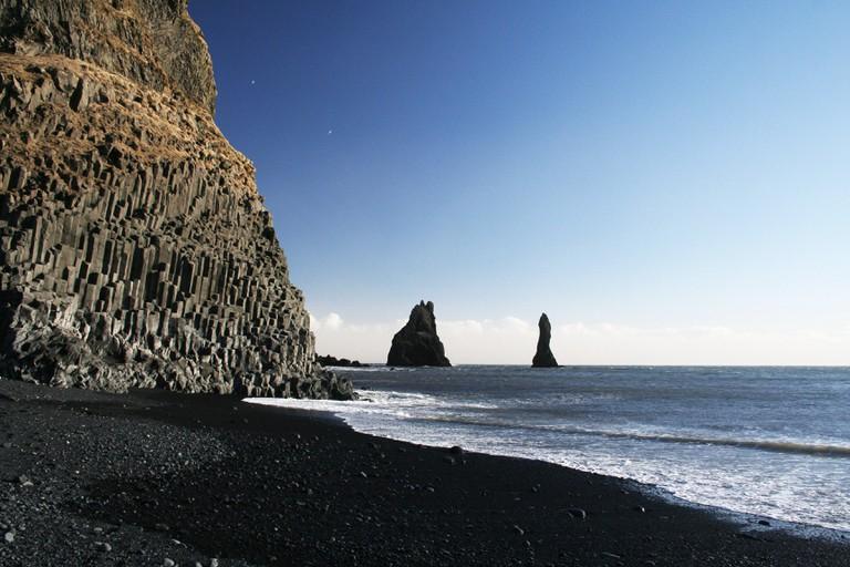 Reynisfjara black-sand beach and basalt columns, Reynisdrangar, Iceland.