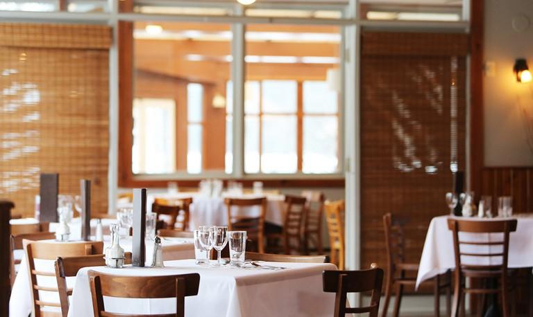 Restaurant © lifeofpix/ Pexels