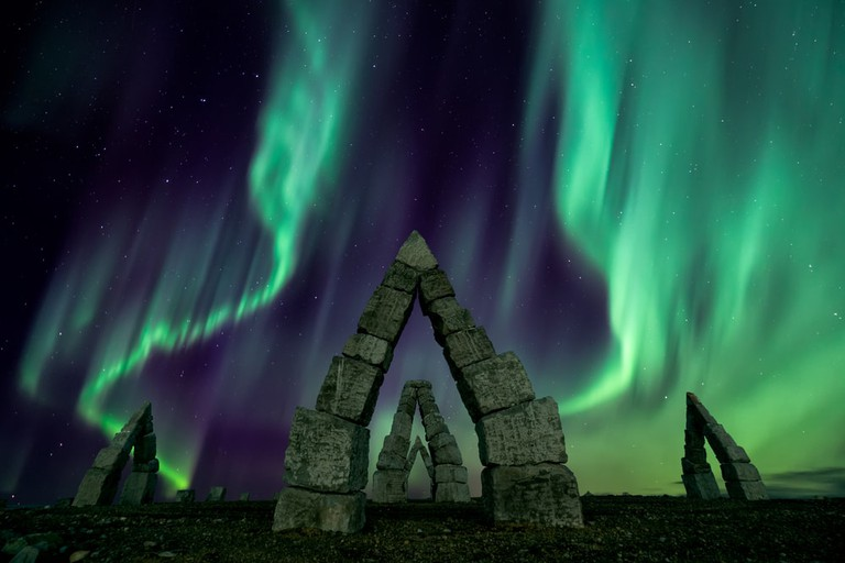 Aurora borealis flying over the Artic Henge, Iceland | © Ken Phung/Shutterstock