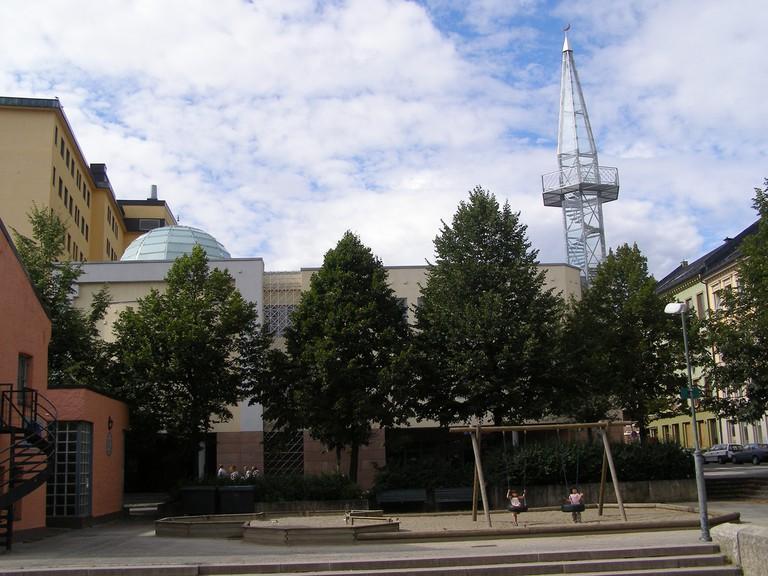 Oslo's Central Jamaat-e-Ahl-E Sunnat Mosque