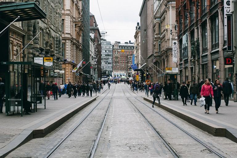 A central Helsinki street / Benjamin Horn / Flickr