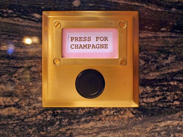 Press for champagne | © Fimb/Flickr
