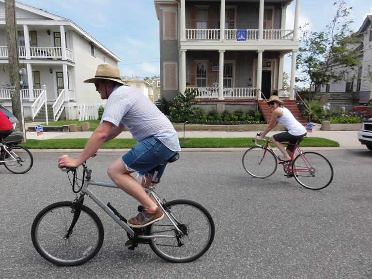 """Cyclists must use """"reasonable speeds"""" in Galveston"""