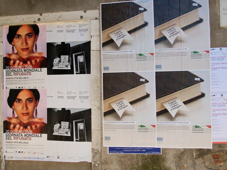 Posters in the calle