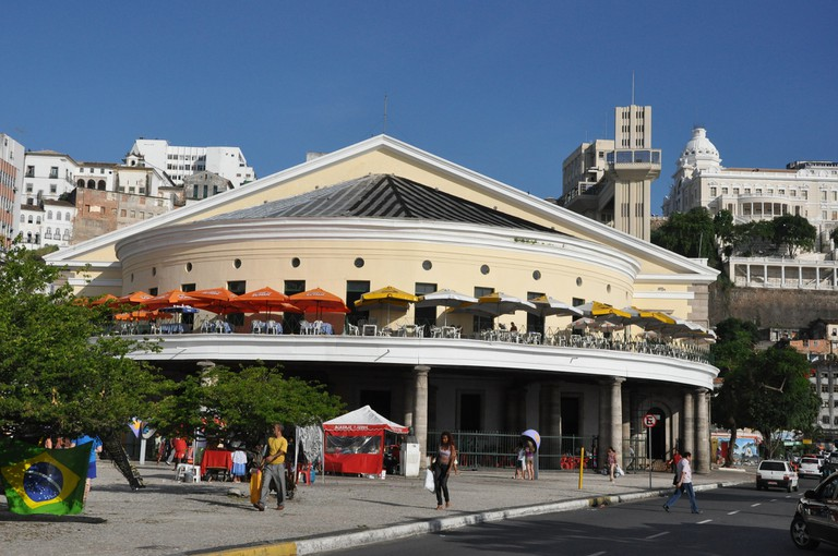 Salvador's model market I