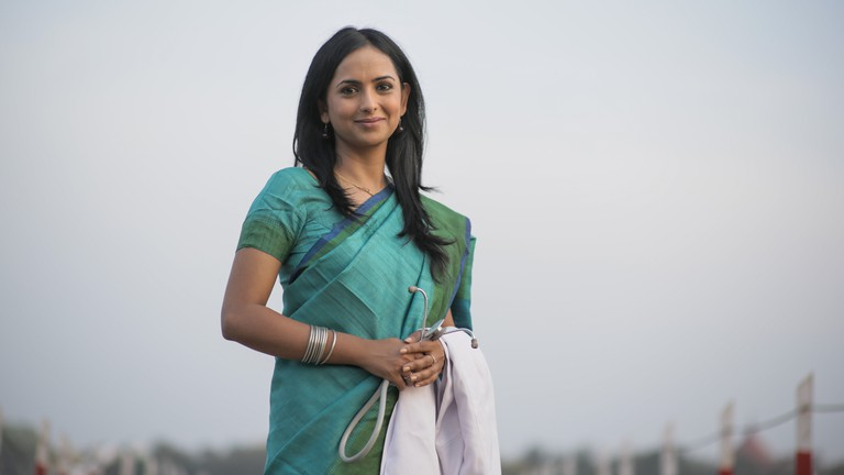 Meinal Vaishnav plays the protagonist, Dr. Sneha Mathur, in MKBKSH / MKBKSH PR Team