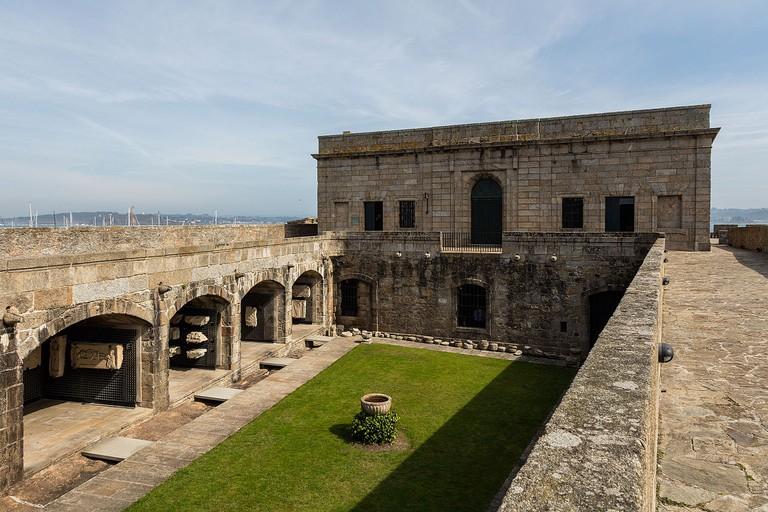 Castillo de San Antón, A Coruña | ©Diego Delso / Wikimedia Commons