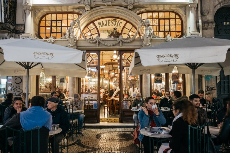 DSCF2674 - WATSON - PORTO, PORTUGAL - MAJESTIC CAFÉ