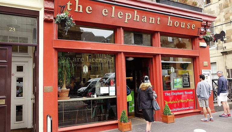 The Elephant House, Scotland | © Ken Eckert / Wikimedia Commons