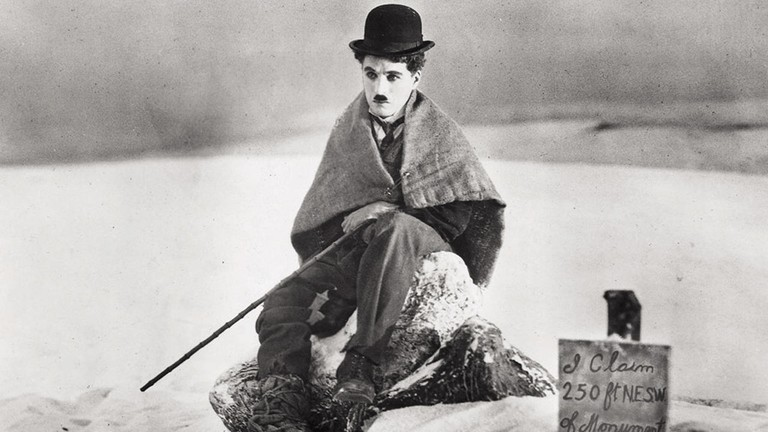 """Charlie Chaplin in """"The Gold Rush"""" (1925)"""