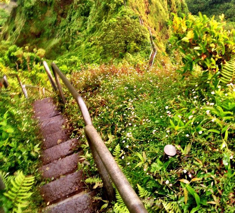 Hāʻiku (Stairway to Heaven) | © GE Keoni