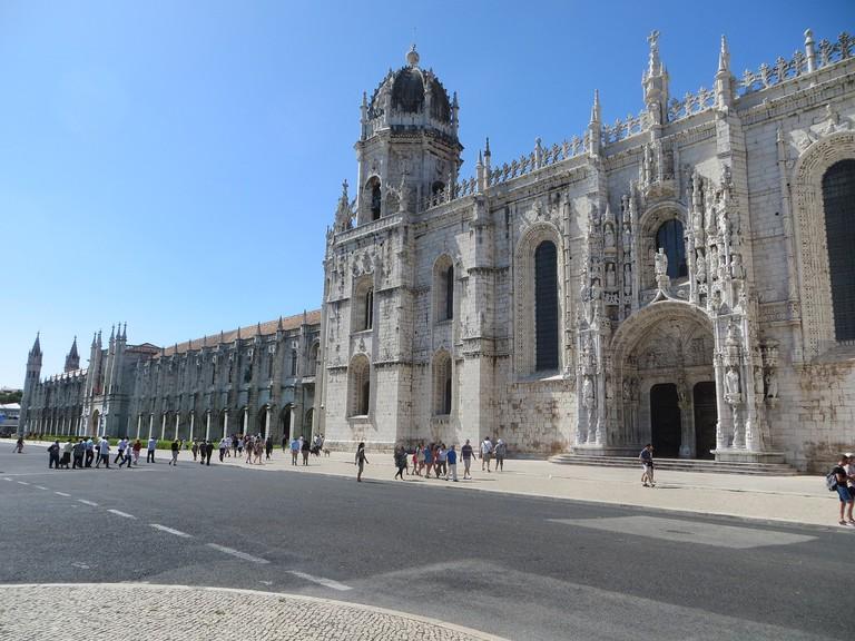 https://pixabay.com/es/monasterio-de-los-jer%C3%B3nimos-lisboa-1139979/