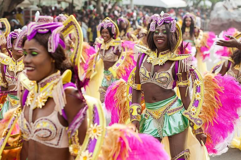 Dancers at Calabar Carnival | © Akintomiwaao/WikiCommons