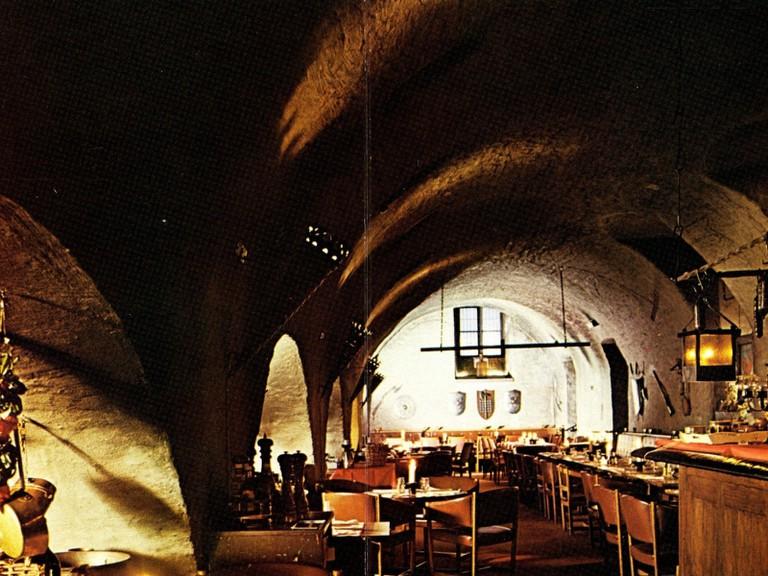 Grab lunch at the atmospheric Rådhuskällarent