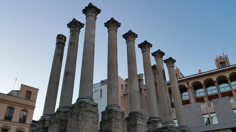 The remains of Córdoba's Roman temple; waldomiguez, pixabay