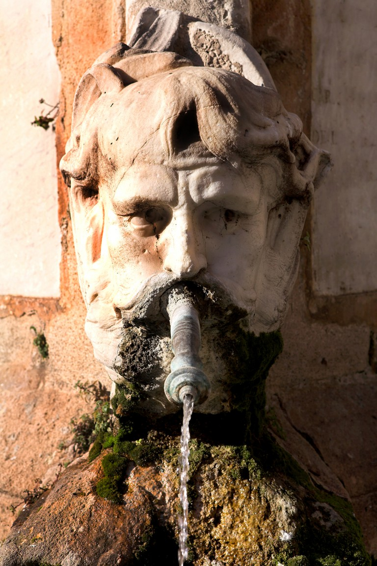 You can always find a fountain to suit your mood in Aix