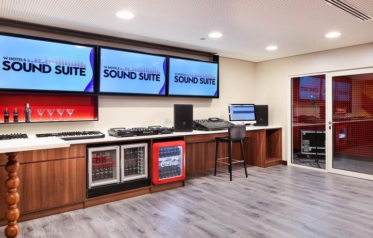W Barcelona Sound Suite