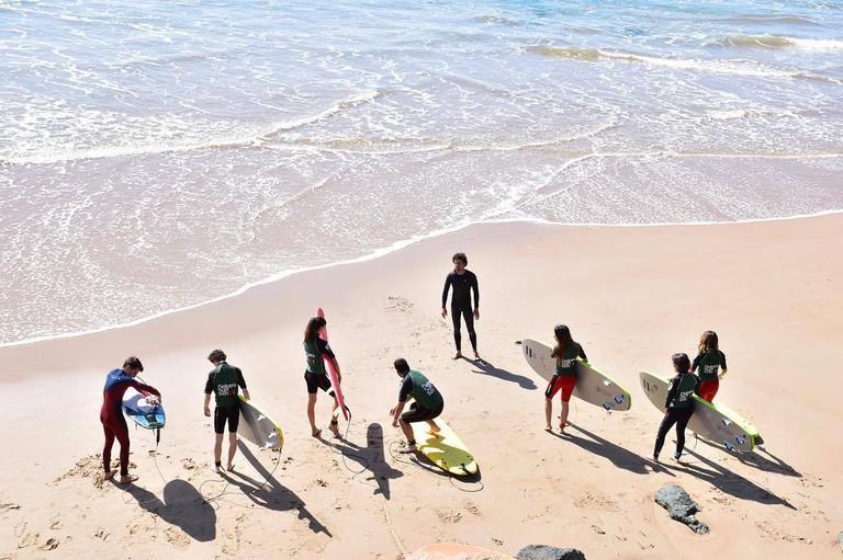 Surfing lesson at Cote des basques beach