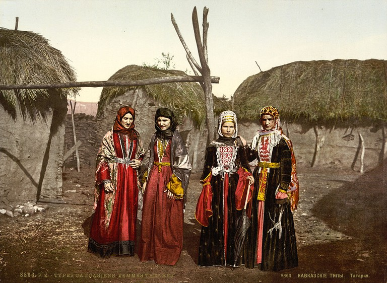 Tatar women of the Caucasus, Russian Empire, c. 1895 | Detroit Publishing Co., under license from Photoglob Zürich / Wikimedia Commons