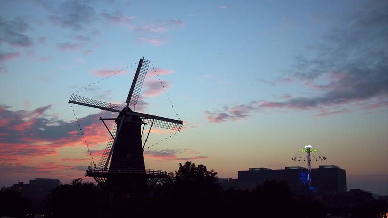 Leiden's de Valk windmill during dusk