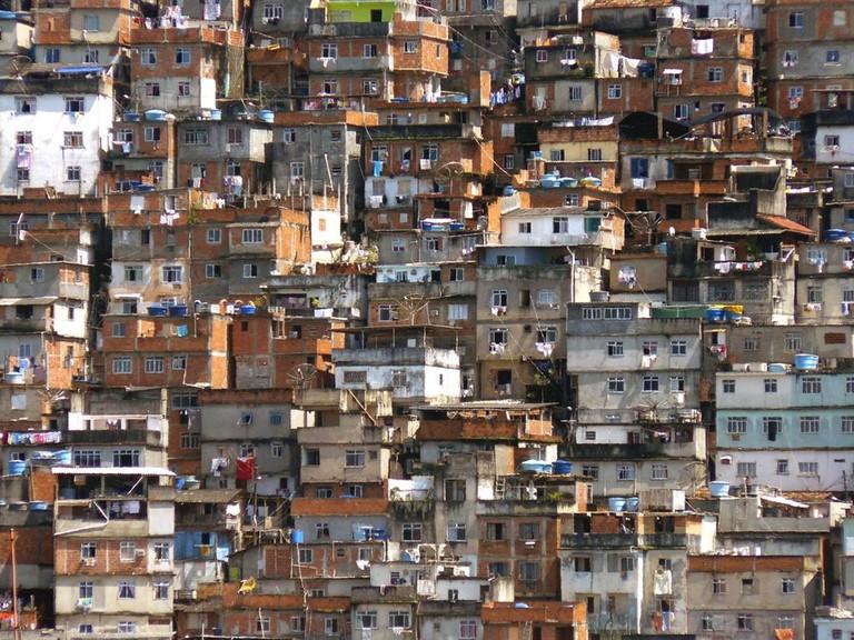 Favela in Rio de Janeiro |©Pēteris/WikiCommons