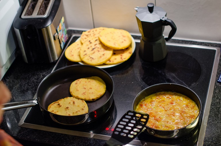Don't forget, whatever you think of arepas, say you love them!