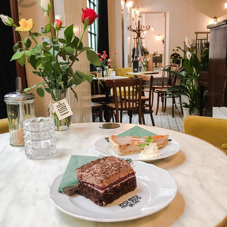 Beautiful cakes in the lovely interior of Dobre & Dobré
