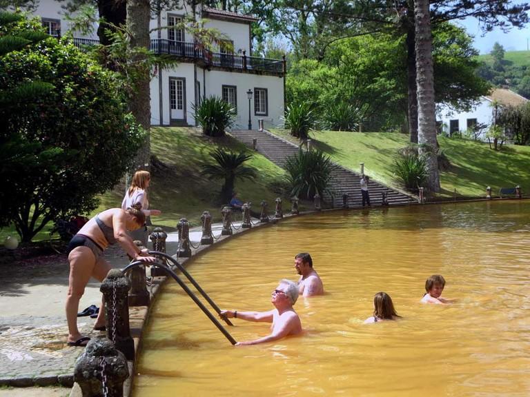 Swim in the geothermal pool at Terra Nostra park.