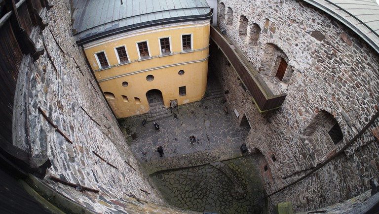 The courtyard where the maiden was supposedly buried / Jaakko Hakulinen / Flickr