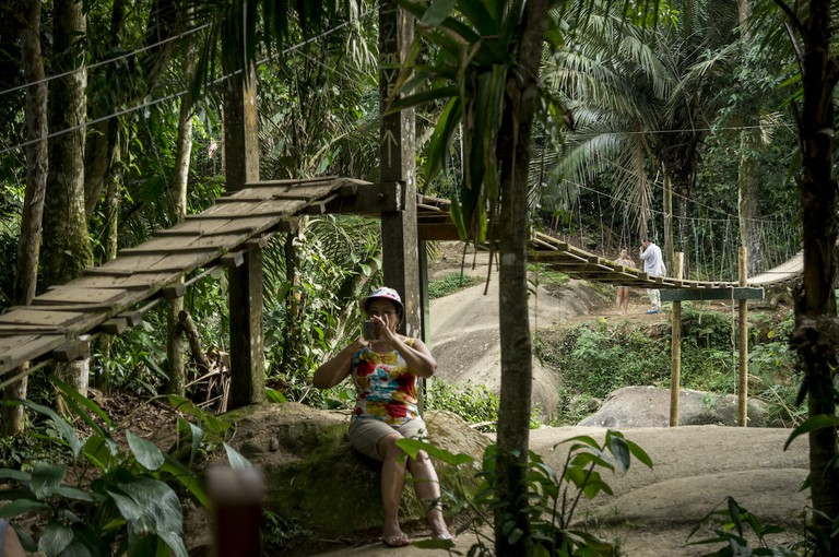 The rope bridge to the Tarzan pool I
