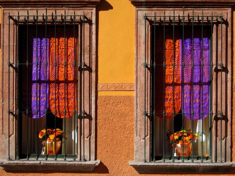 Window / Donna Cleveland / Flickr