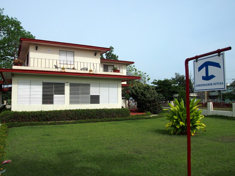 A house in Cienfuegos, with the Casa Particular logo outside