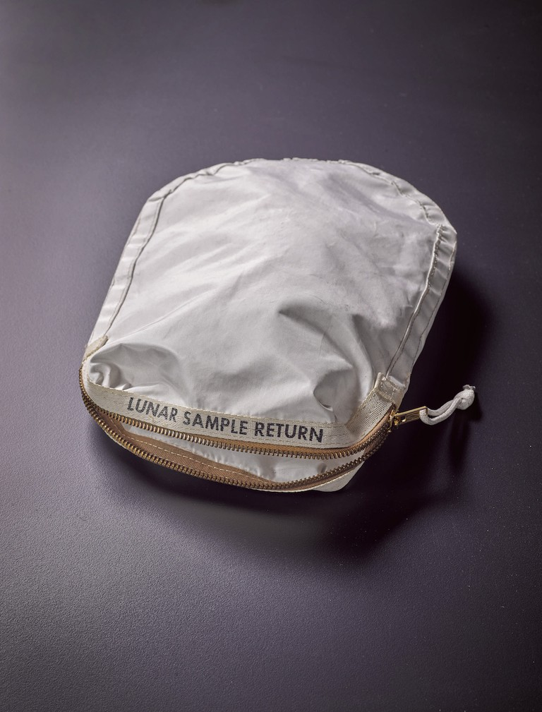 9759 Lunar Bag | © Sotheby's