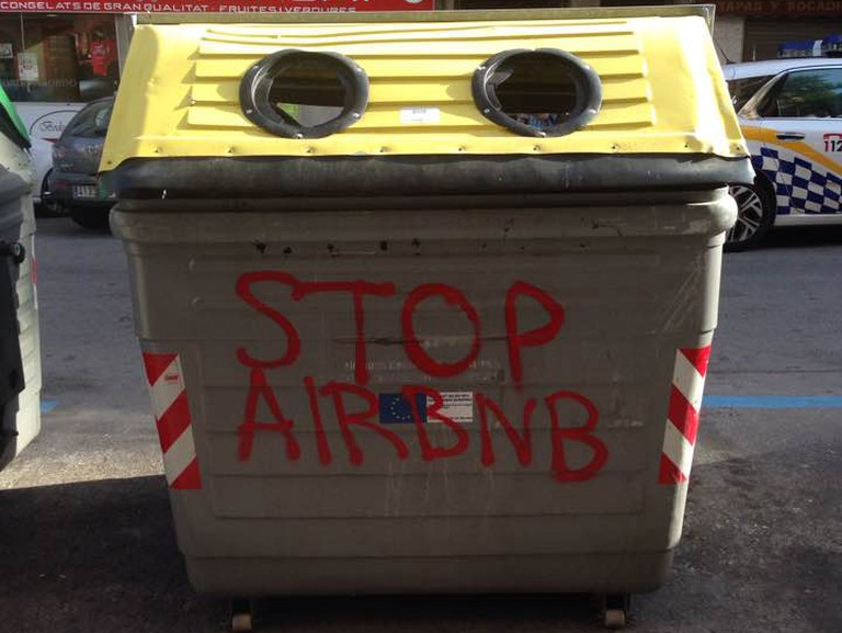 Anti-Airbnb graffiti © Leon Beckenham