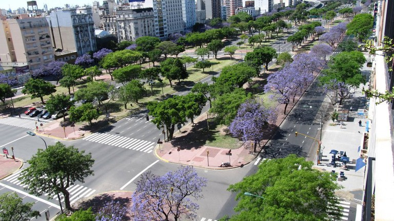 Avenida 9 de Julio, named for Argentina's Independence Day