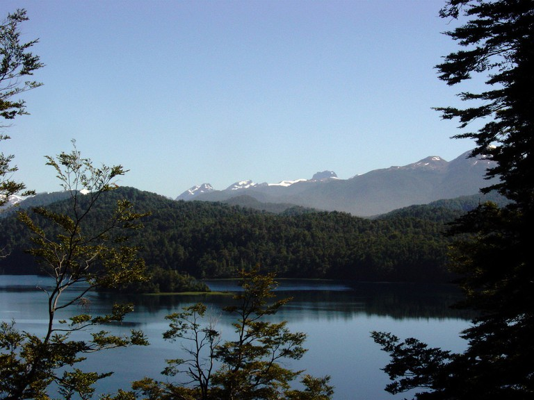 Nahuel Huapi Lake, Bariloche crossing