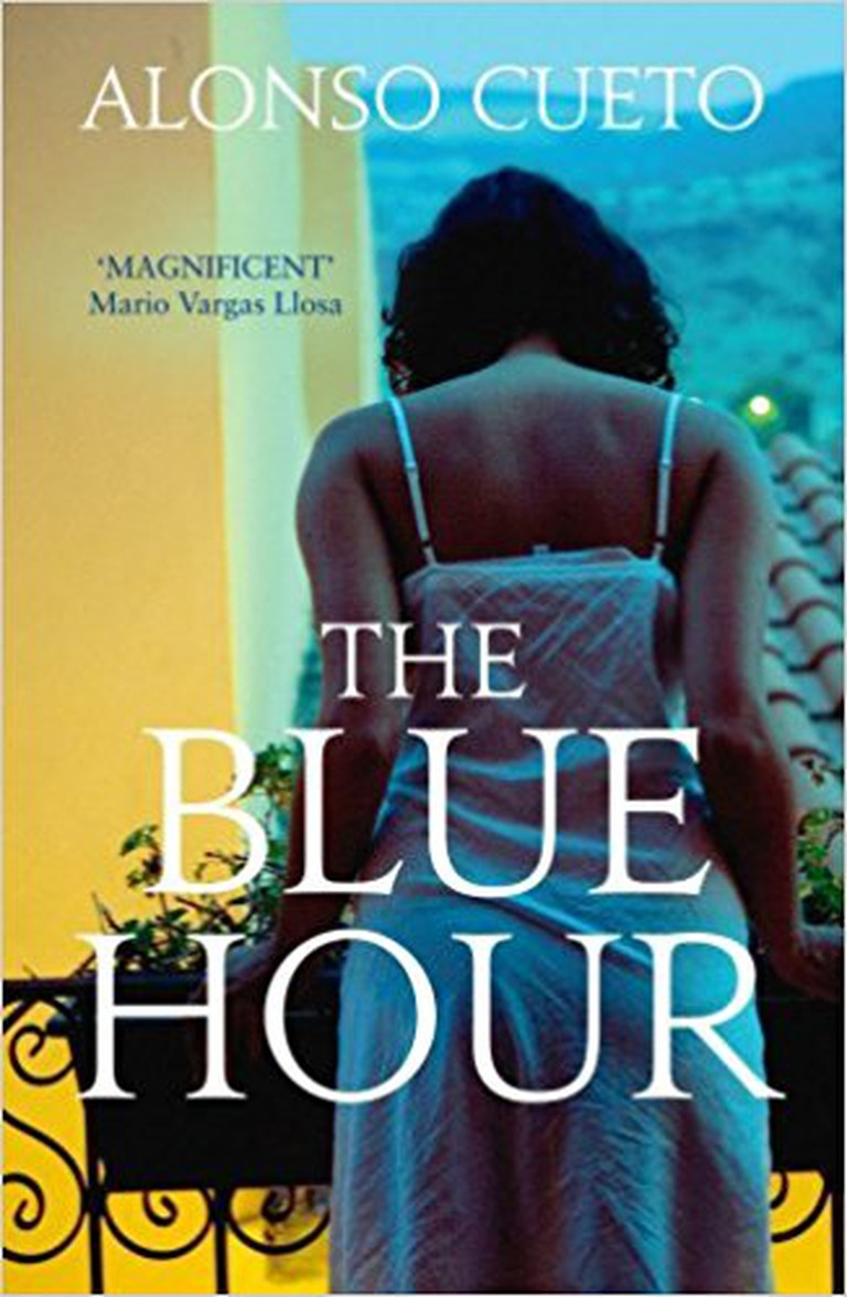 Front cover of The Blue Hour by Alonso Cueto