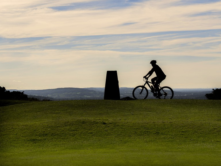 Mountain Biking on Cleeve Hill| © David Hughes/Shutterstock