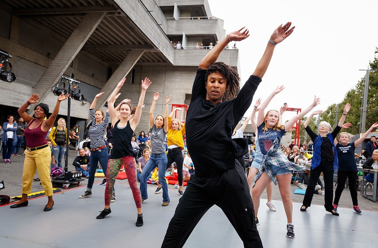 Rambert Dance Workshop at the National Theatre's River Stage | © Rambert Dance Company