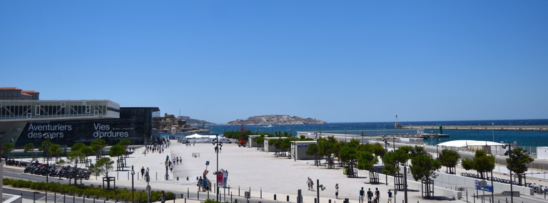 The new dock side in Marseille by the MUCEM building