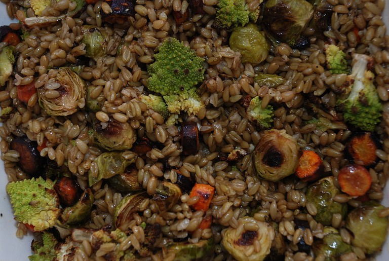 Vegetable freekeh