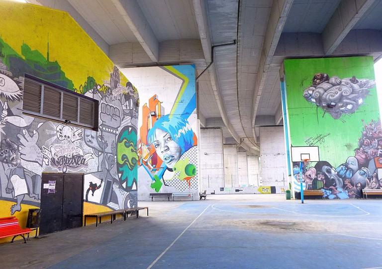 graffiti in Zorrotza, Bilbao | ©Zarateman / Wikimedia Commons