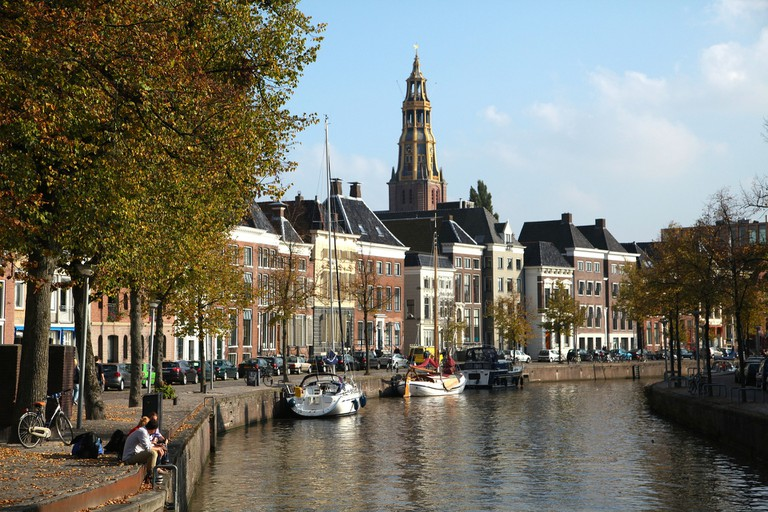 Groningen's Aa Church and townhouses