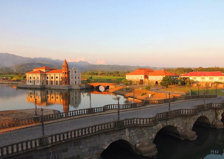 Tulay ni Lola Basyang (Lola Basyang's Bridge)